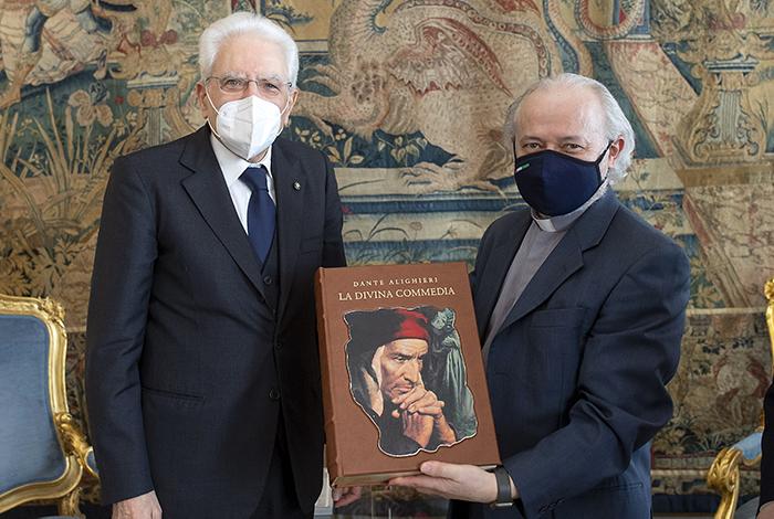 La Divina Commedia in dono a Mattarella per i 75 anni della Repubblica Italiana